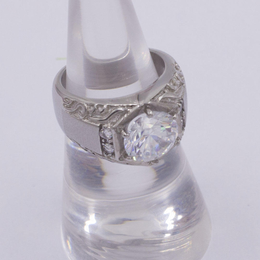 Round diamonds unique design stainless steel wedding ring for ladies