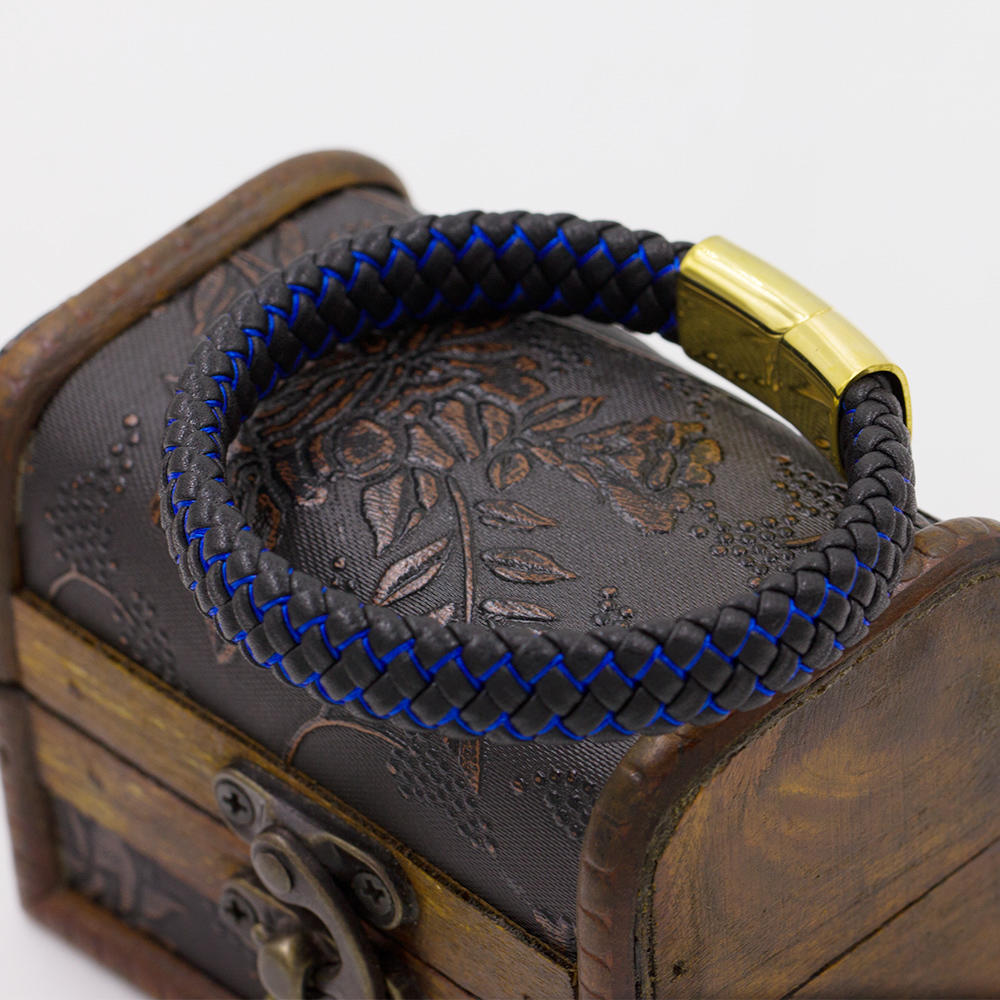 High Quality Blue and black Color Charm Leather Bangle for Men Punk Leather Bracelet Men leather charm bracelet