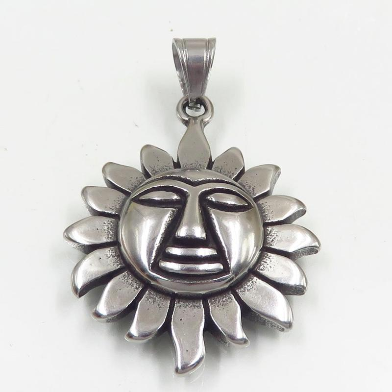 Wholesale popular european stainless steel necklace pendant