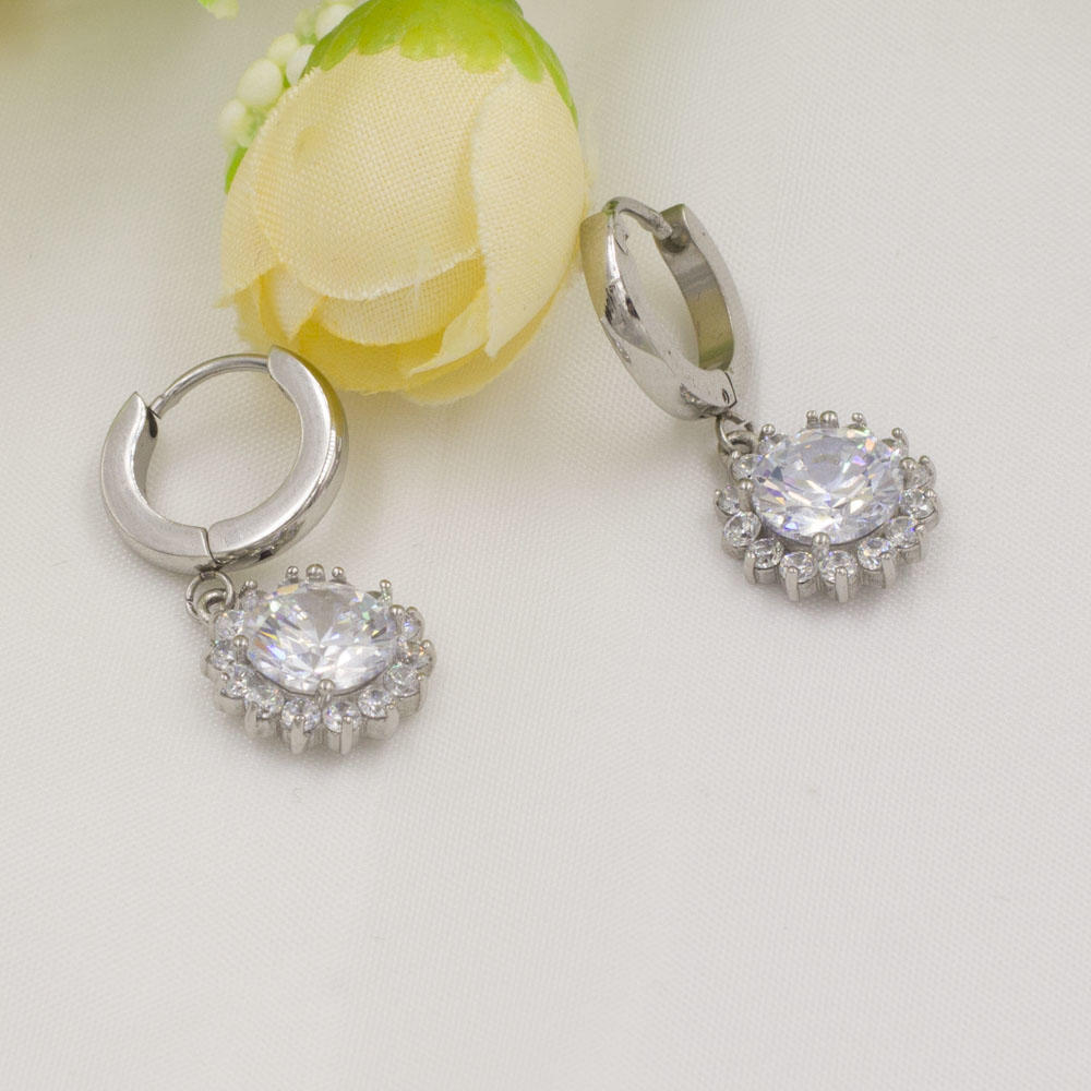 Silver color crystal dangle earrings wedding earrings from China