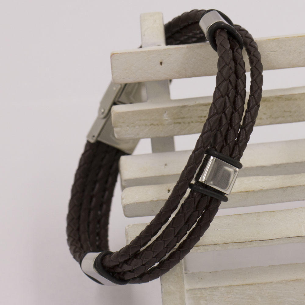 Several pieces bracelet leather bangle with some buckles